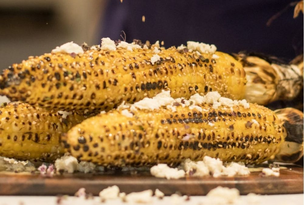 How to Husk-Roast Sweet Corn